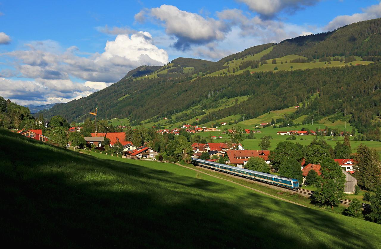http://www.badische-schwarzwaldbahn.de/DSO/G641.jpg