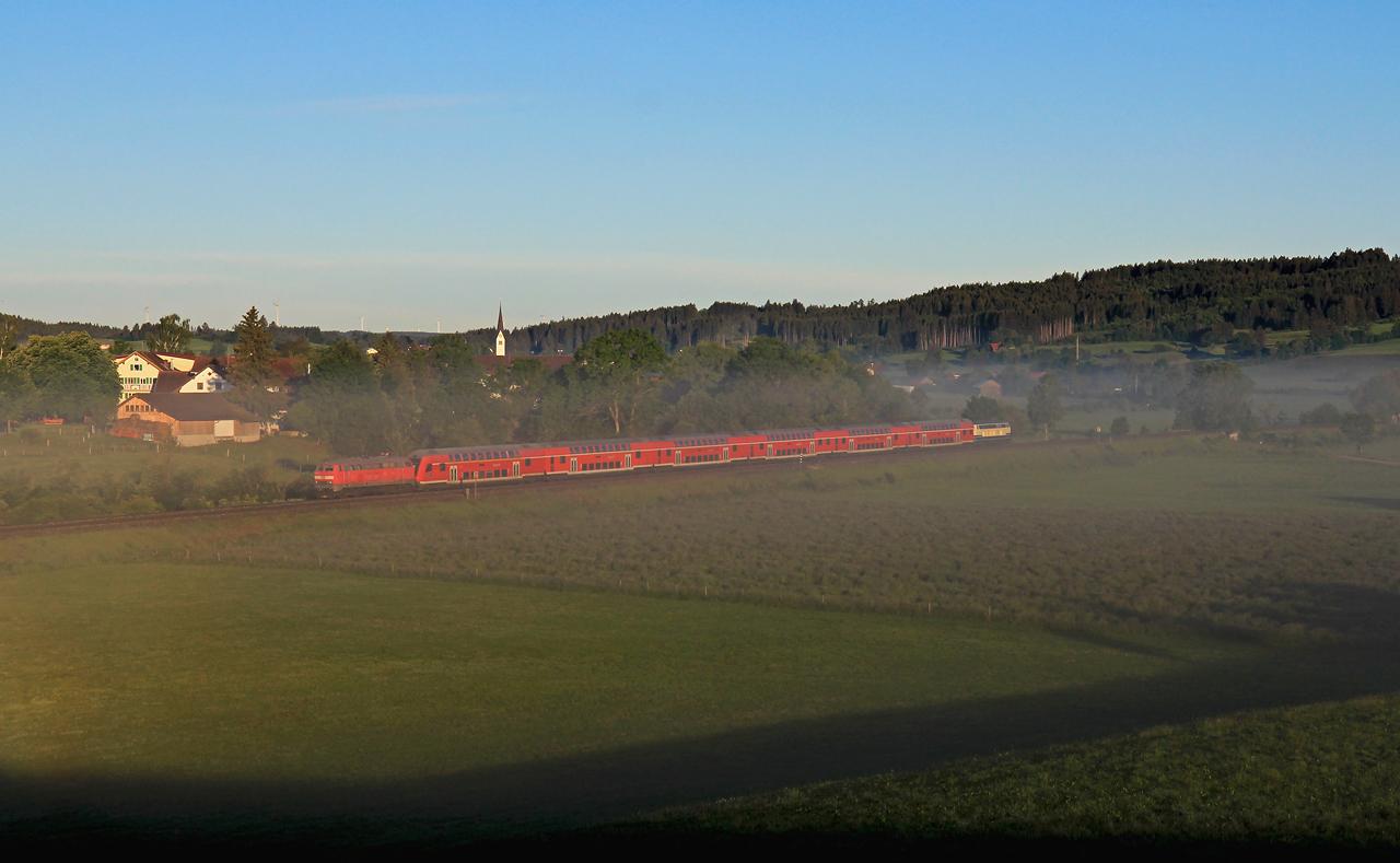 http://www.badische-schwarzwaldbahn.de/DSO/G646.jpg