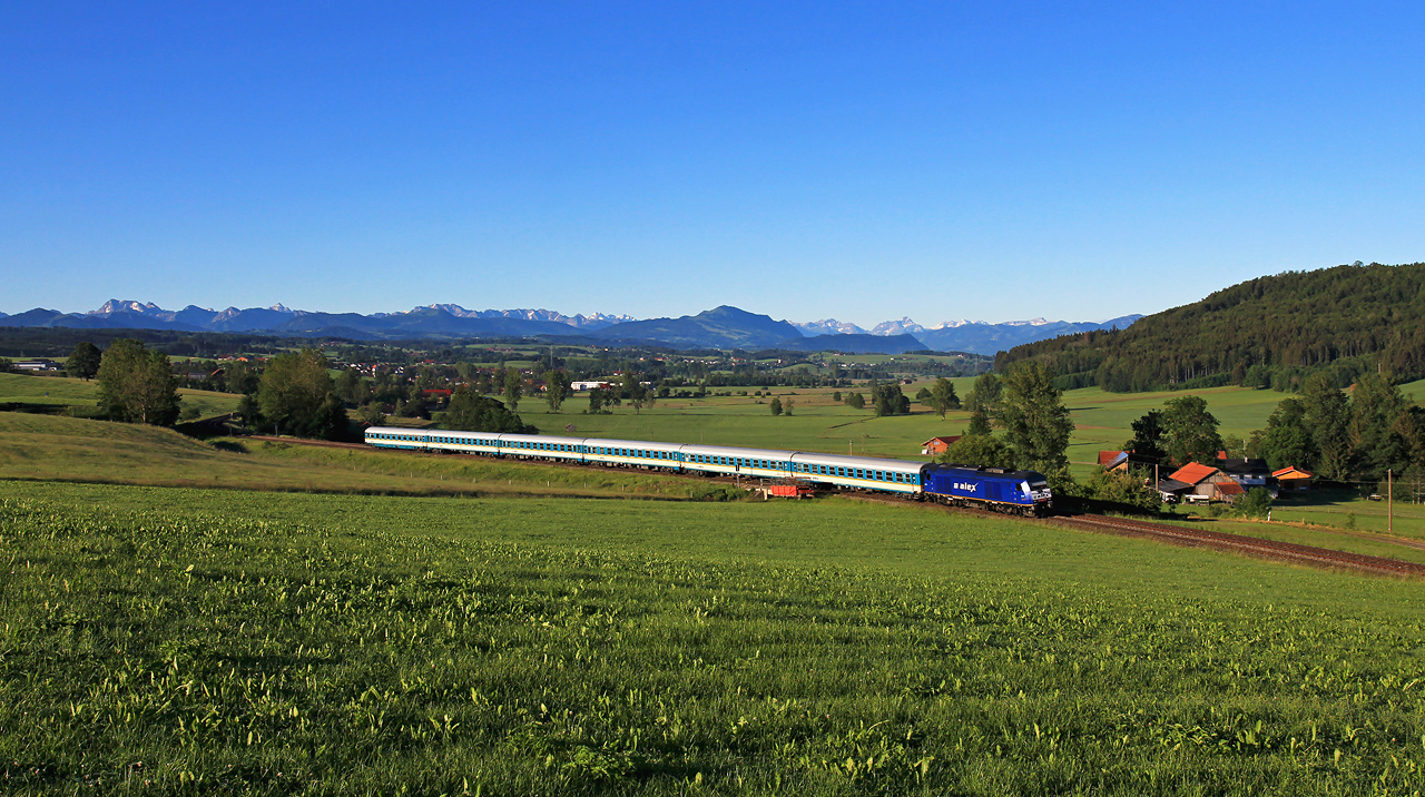 http://www.badische-schwarzwaldbahn.de/DSO/G648.jpg