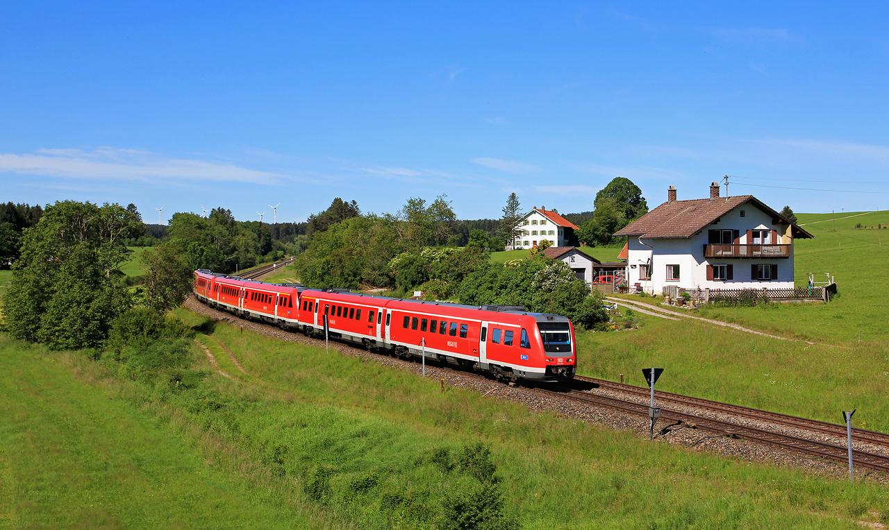 http://www.badische-schwarzwaldbahn.de/DSO/G657.jpg