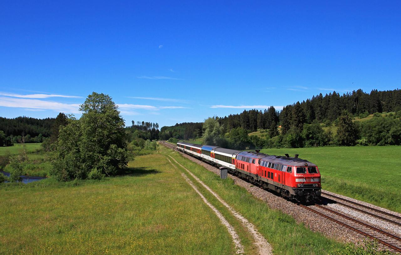 http://www.badische-schwarzwaldbahn.de/DSO/G658.jpg