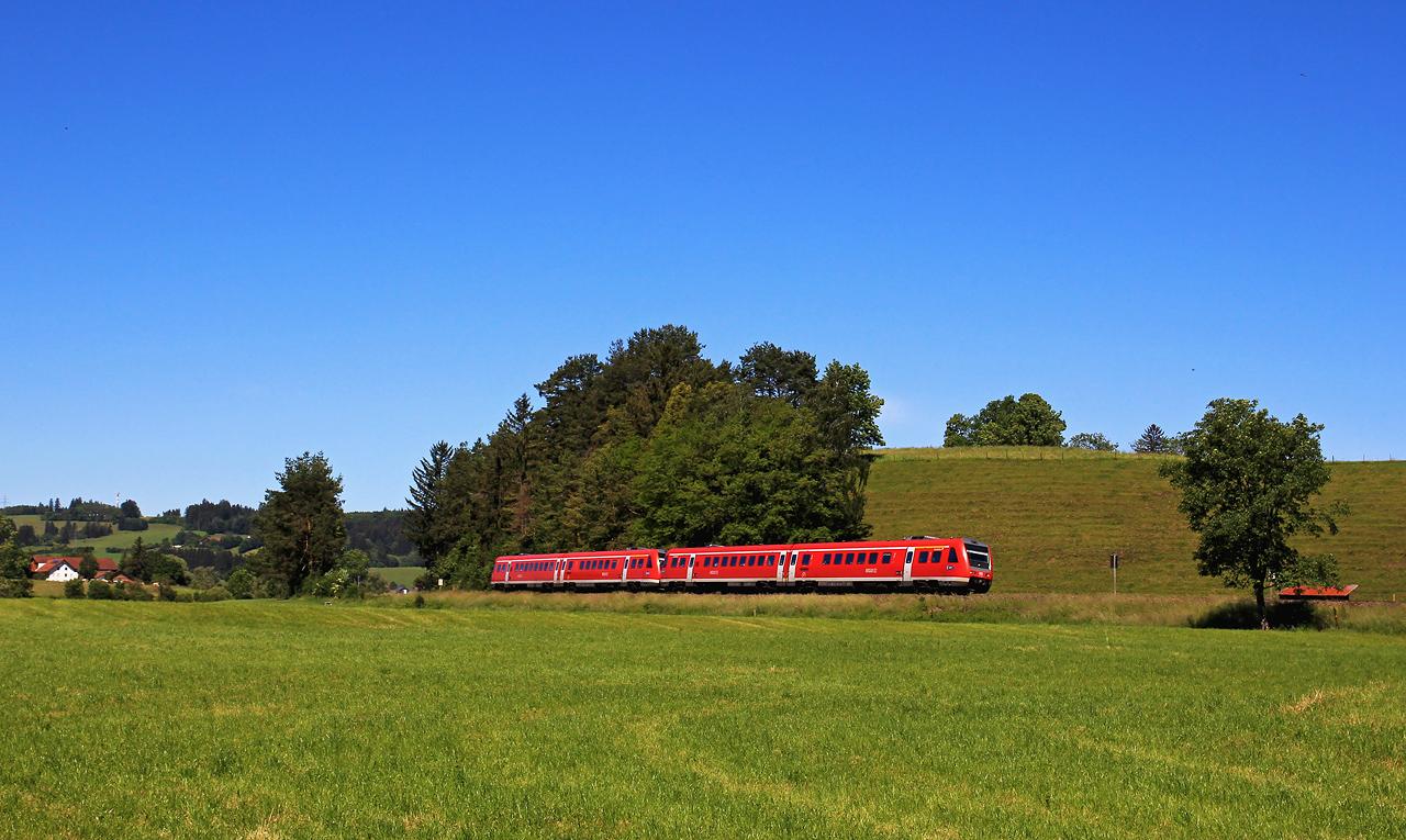 http://www.badische-schwarzwaldbahn.de/DSO/G659.jpg