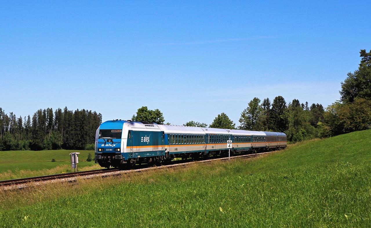 http://www.badische-schwarzwaldbahn.de/DSO/G662.jpg