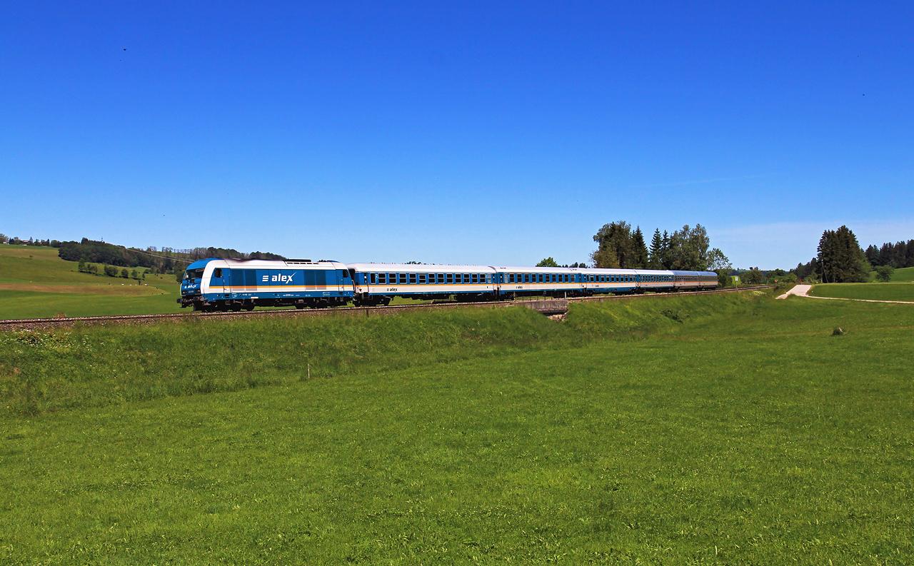 http://www.badische-schwarzwaldbahn.de/DSO/G663.jpg