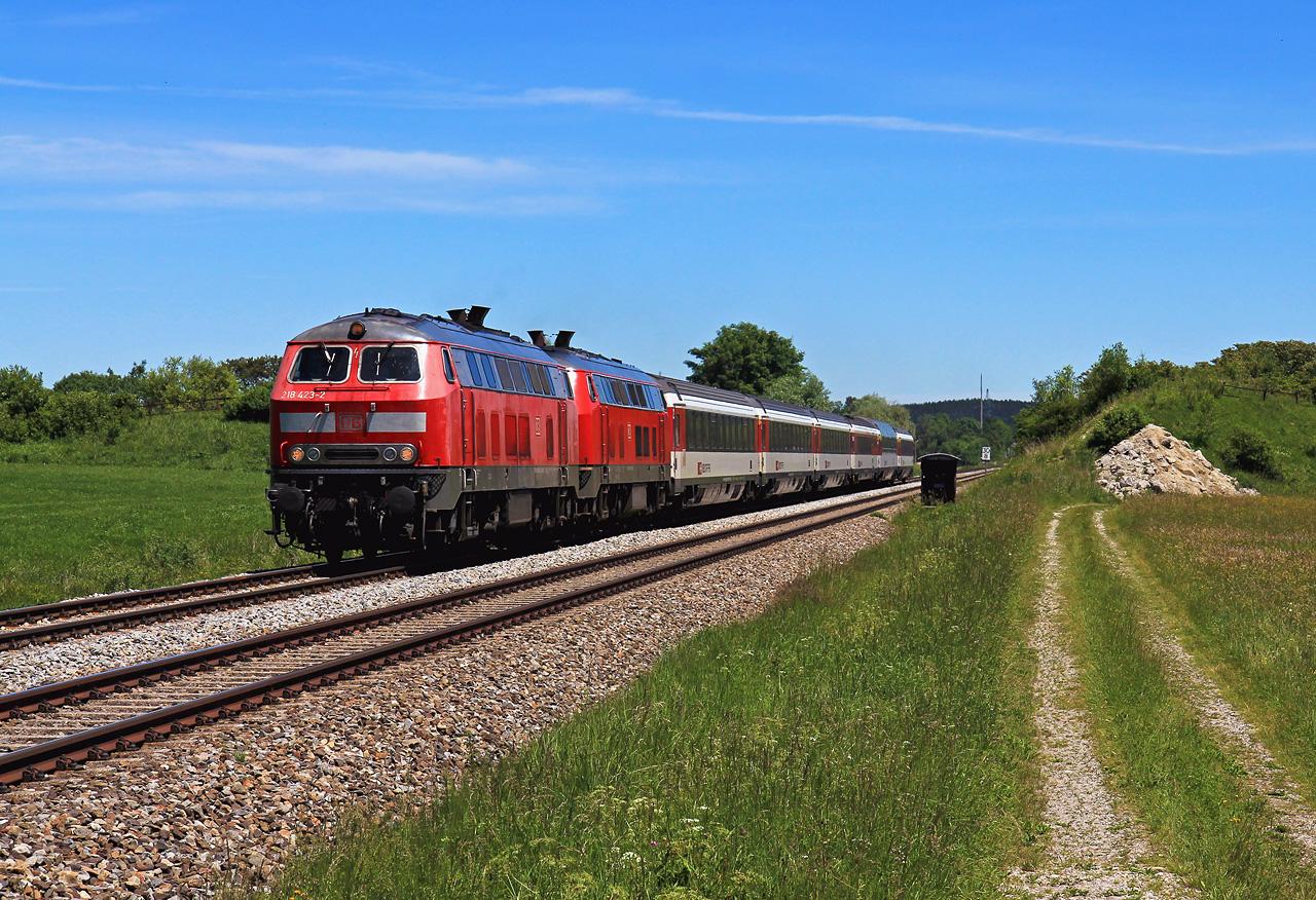 http://www.badische-schwarzwaldbahn.de/DSO/G664.jpg