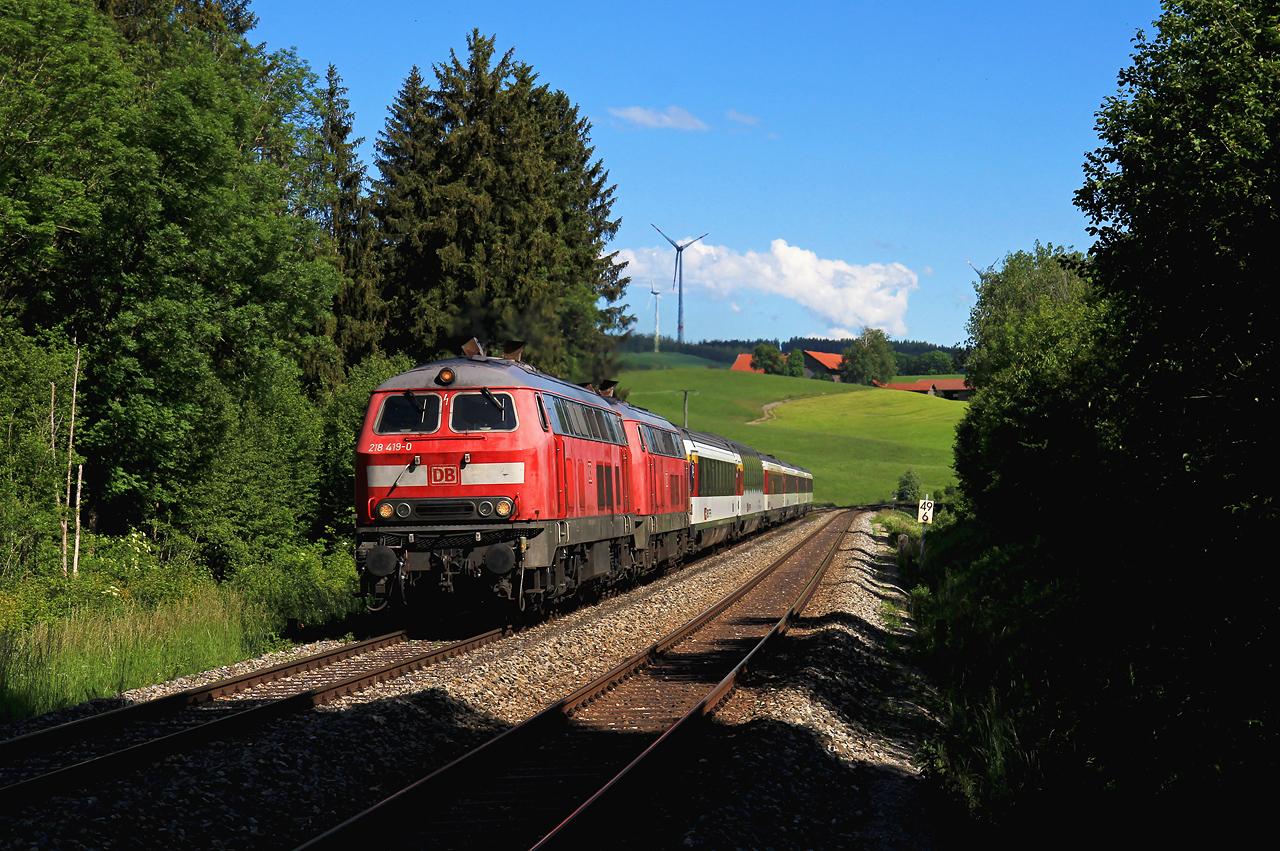 http://www.badische-schwarzwaldbahn.de/DSO/G668.jpg