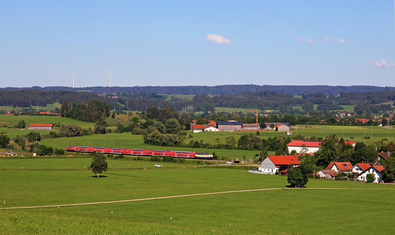 http://www.badische-schwarzwaldbahn.de/DSO/G672.jpg