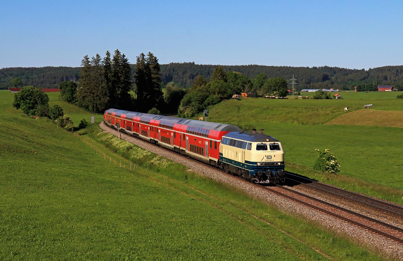 http://www.badische-schwarzwaldbahn.de/DSO/G674.jpg