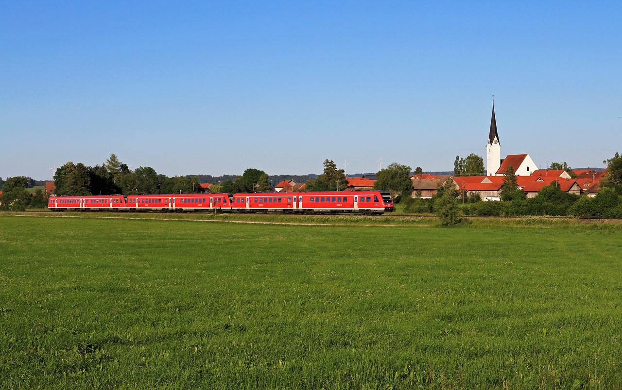 http://www.badische-schwarzwaldbahn.de/DSO/G676.jpg