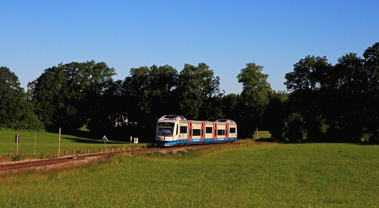 http://www.badische-schwarzwaldbahn.de/DSO/G722.jpg