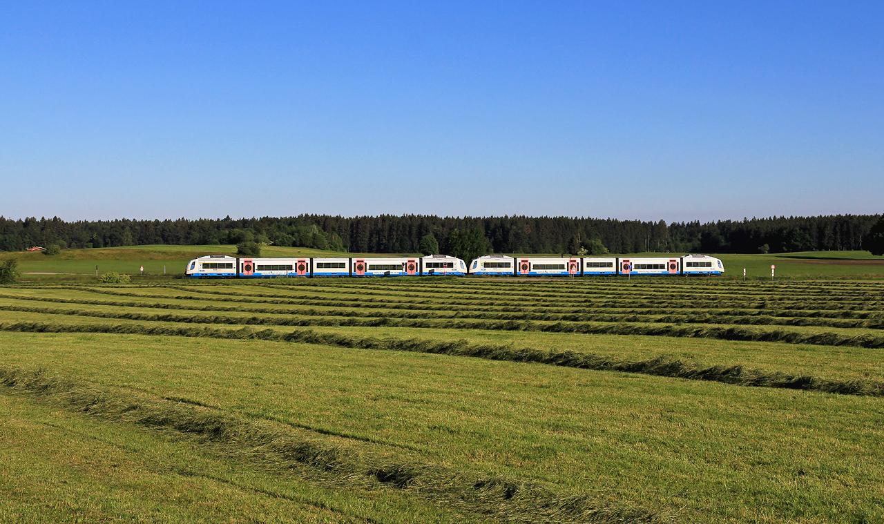 http://www.badische-schwarzwaldbahn.de/DSO/G725.jpg