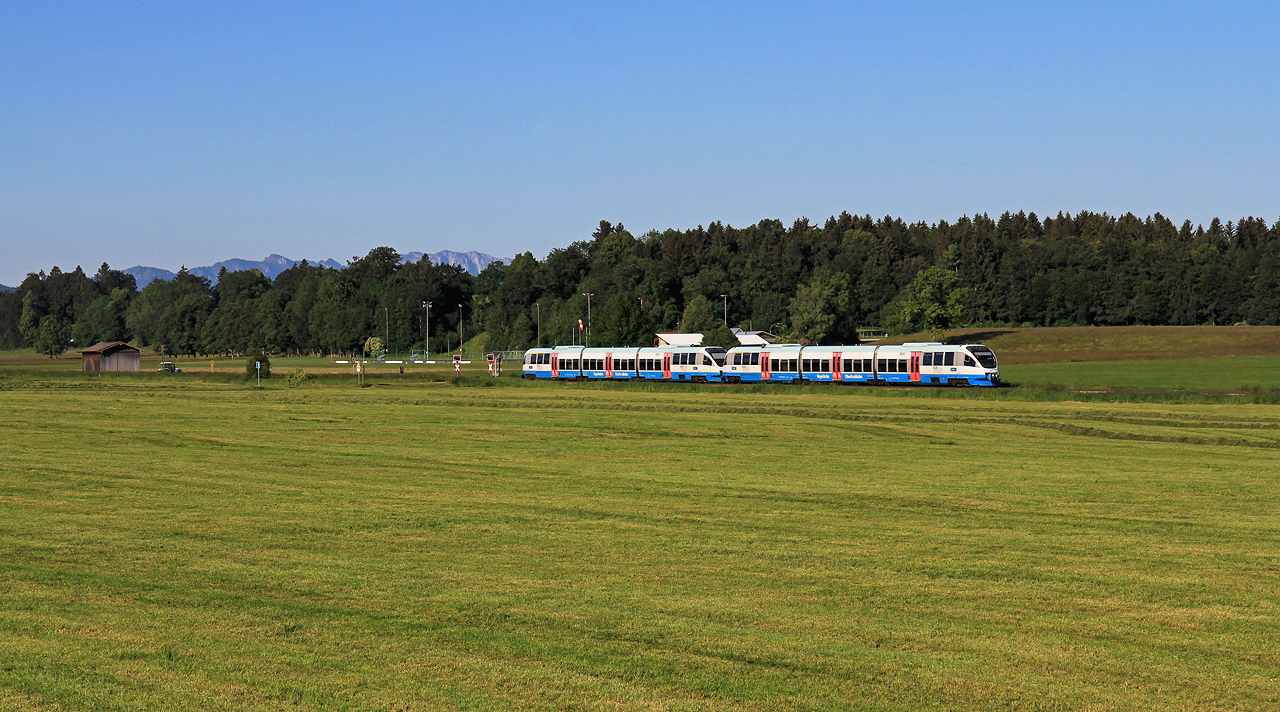http://www.badische-schwarzwaldbahn.de/DSO/G726.jpg
