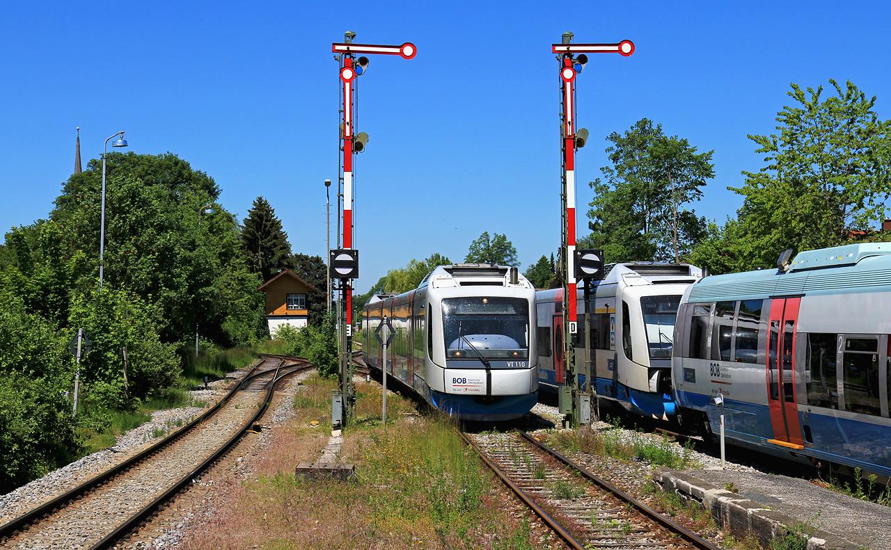 http://www.badische-schwarzwaldbahn.de/DSO/G735.jpg