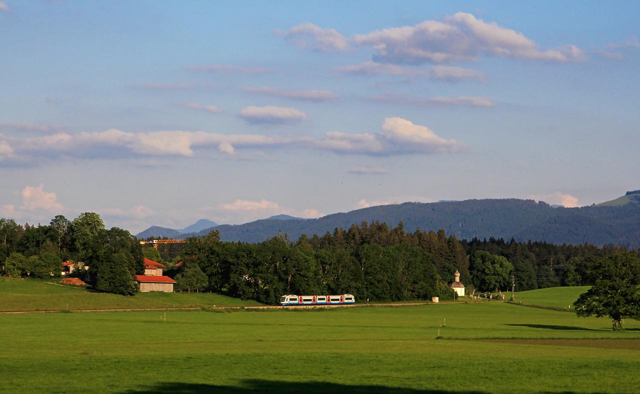 http://www.badische-schwarzwaldbahn.de/DSO/G743.jpg