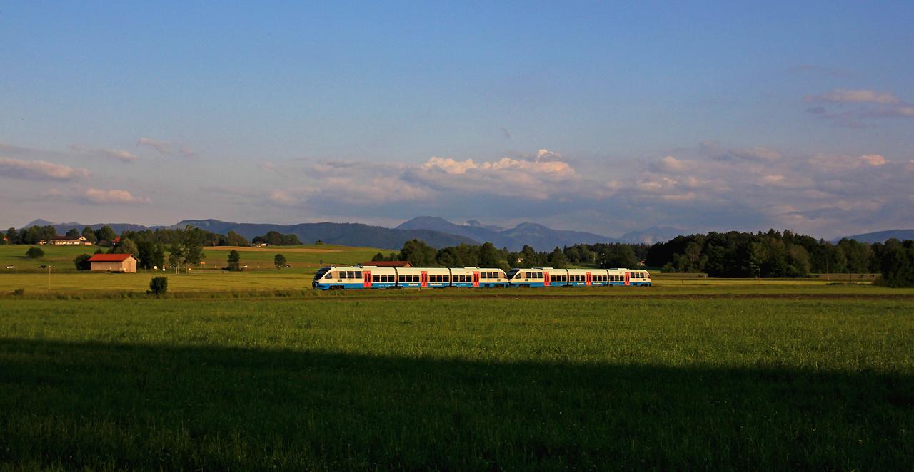 http://www.badische-schwarzwaldbahn.de/DSO/G747.jpg