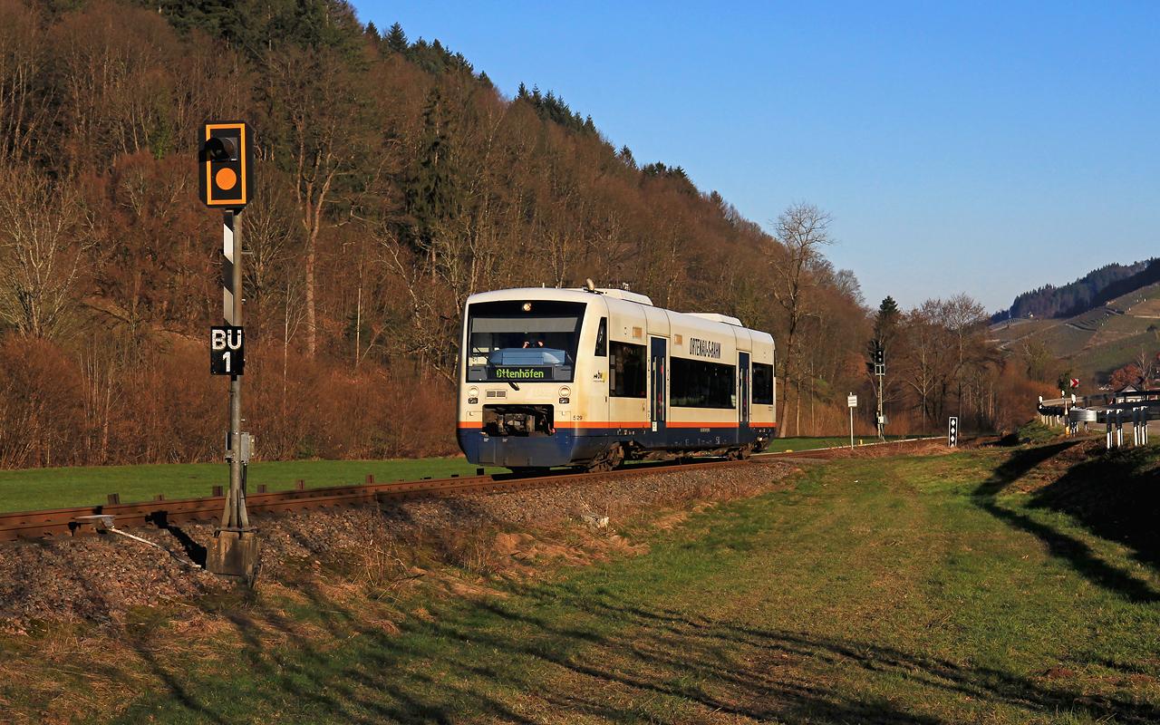 http://www.badische-schwarzwaldbahn.de/DSO/G942.jpg