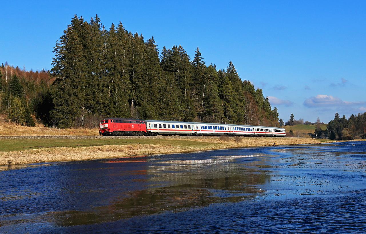 http://www.badische-schwarzwaldbahn.de/DSO/G943.jpg