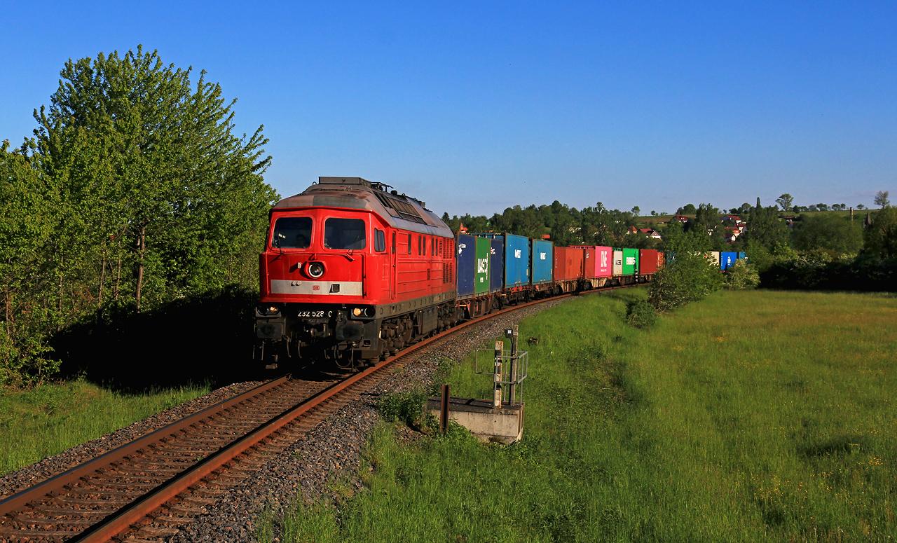 http://www.badische-schwarzwaldbahn.de/DSO/H111.jpg