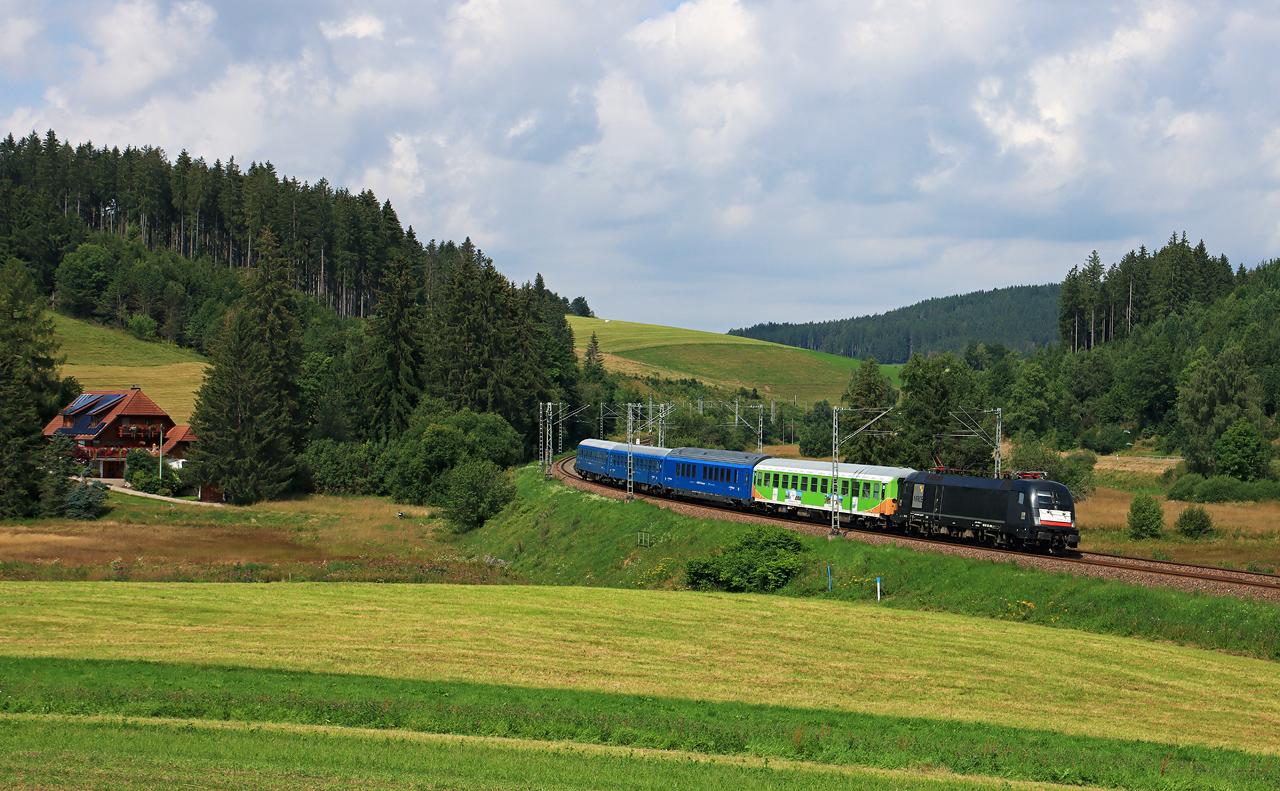 http://www.badische-schwarzwaldbahn.de/DSO/H222.jpg