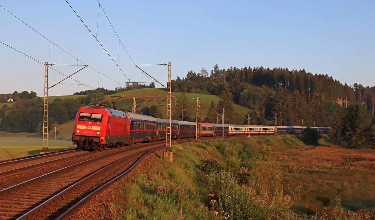 http://www.badische-schwarzwaldbahn.de/DSO/H230.jpg