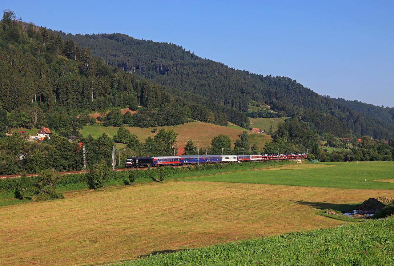 http://www.badische-schwarzwaldbahn.de/DSO/H232.jpg