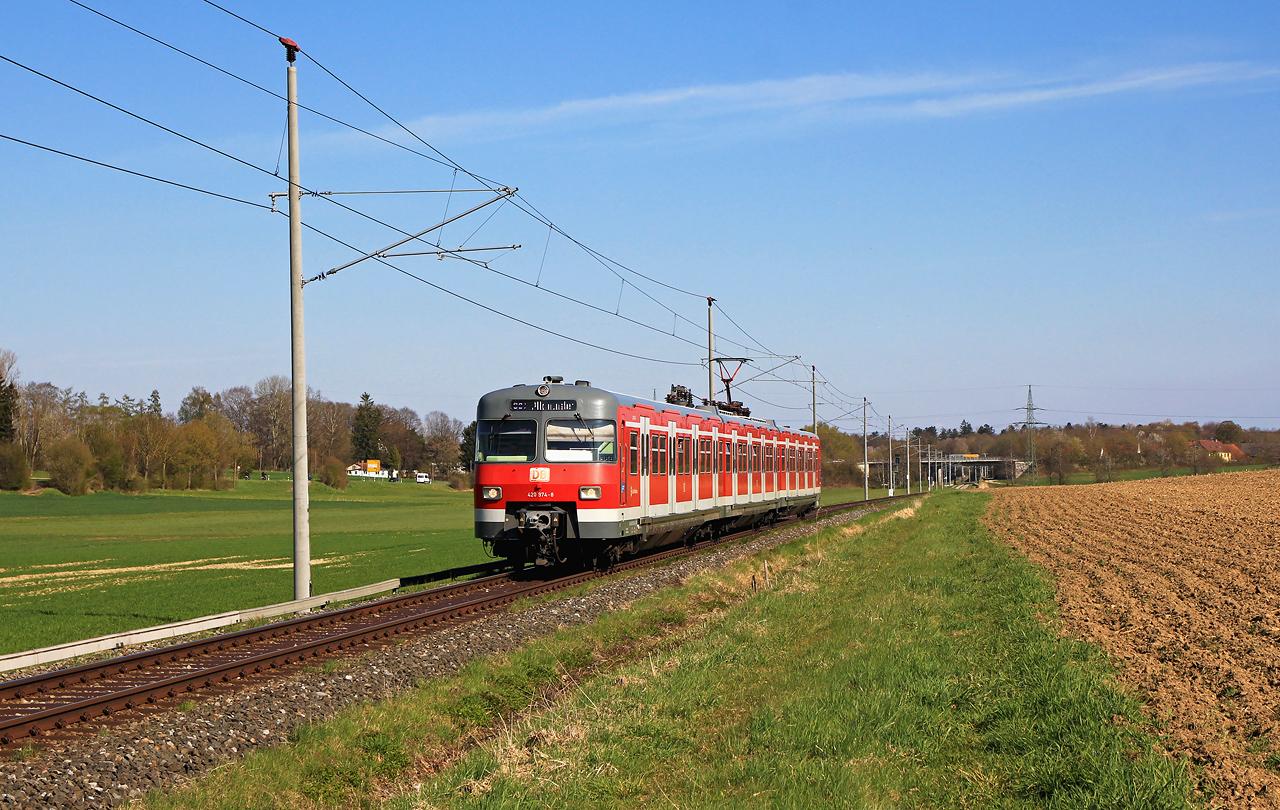 http://www.badische-schwarzwaldbahn.de/DSO/H82.jpg