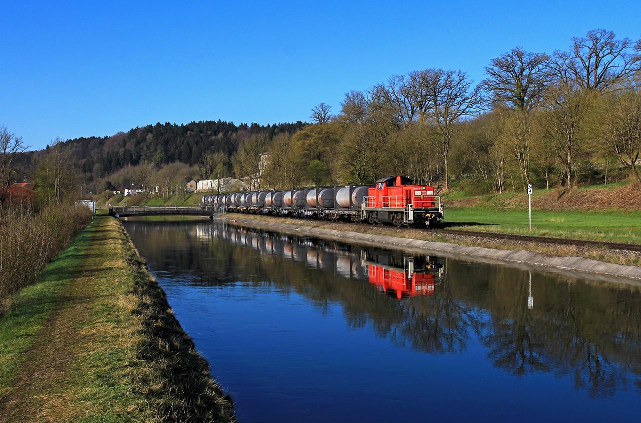 http://www.badische-schwarzwaldbahn.de/DSO/H90.jpg
