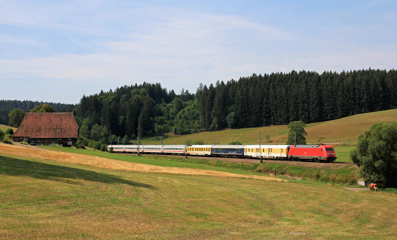 http://www.badische-schwarzwaldbahn.de/DSO/Z835.jpg
