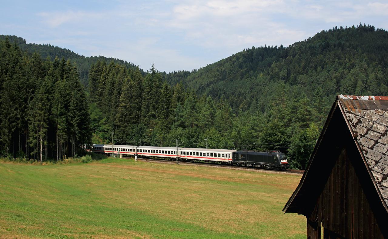 http://www.badische-schwarzwaldbahn.de/DSO/Z836.jpg