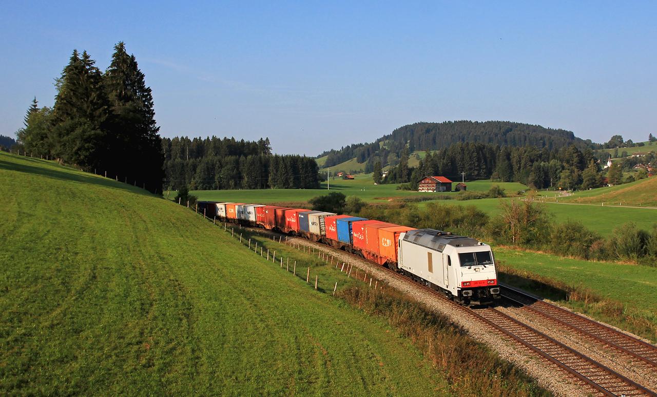 http://www.badische-schwarzwaldbahn.de/DSO/Z853.jpg