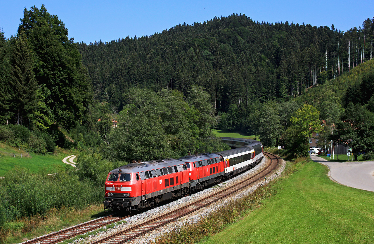http://www.badische-schwarzwaldbahn.de/DSO/Z863.jpg