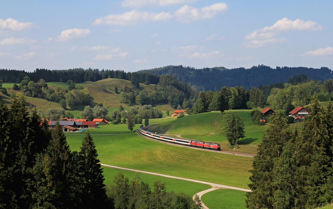 http://www.badische-schwarzwaldbahn.de/DSO/Z866.jpg