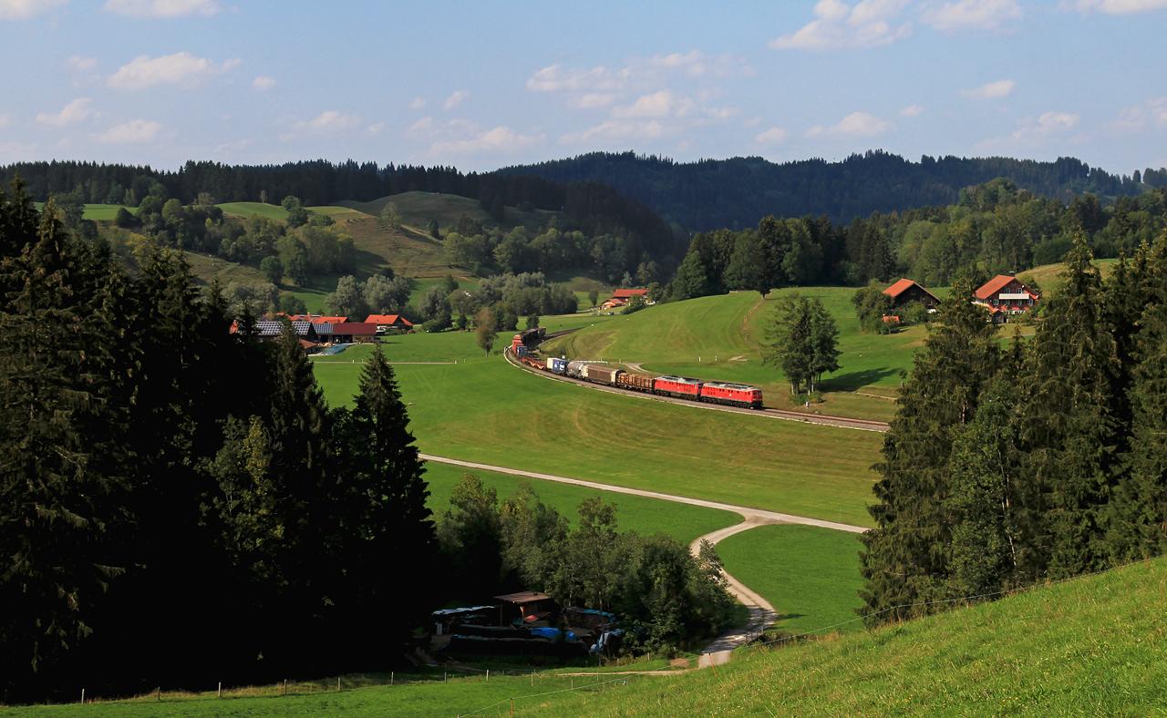 http://www.badische-schwarzwaldbahn.de/DSO/Z867.jpg