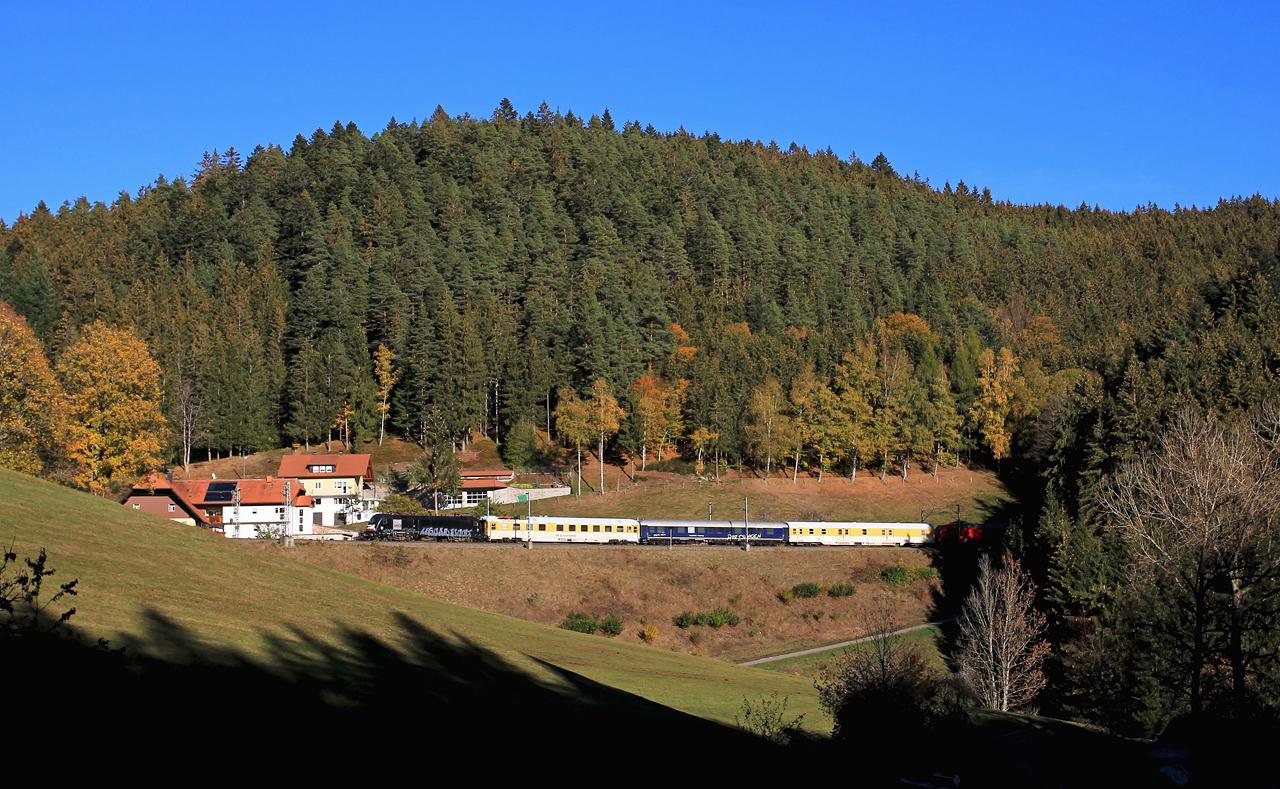 http://www.badische-schwarzwaldbahn.de/DSO/Z881.jpg