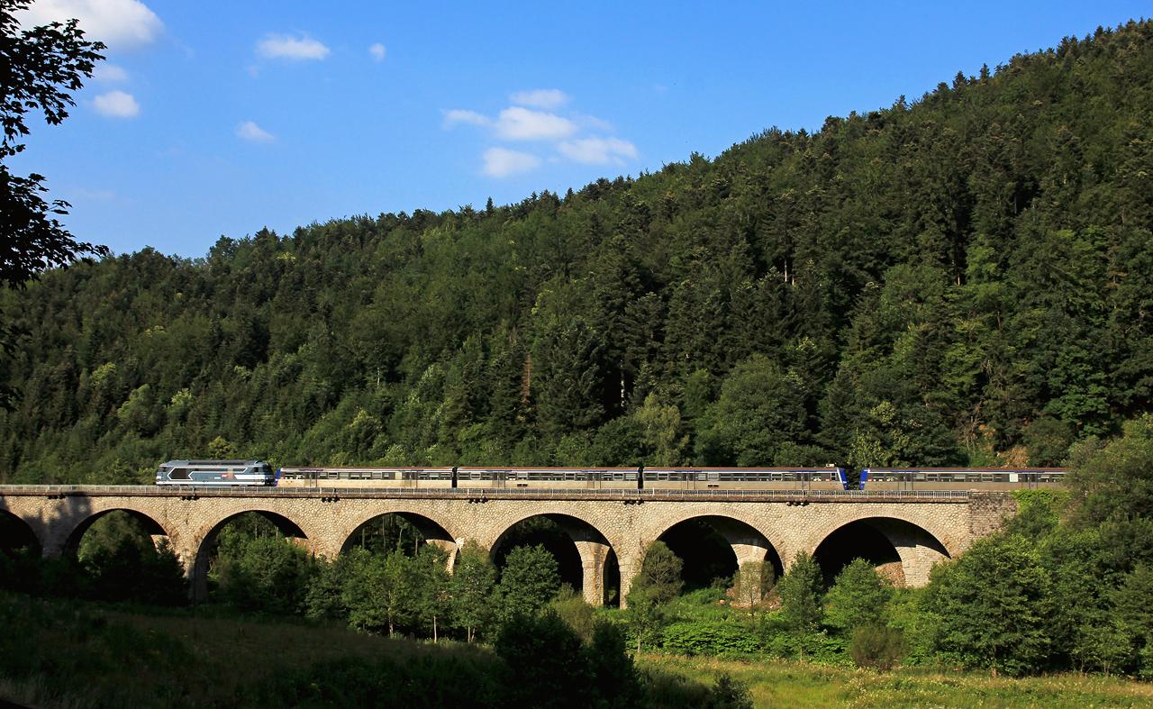 http://www.badische-schwarzwaldbahn.de/DSO/Z890.jpg