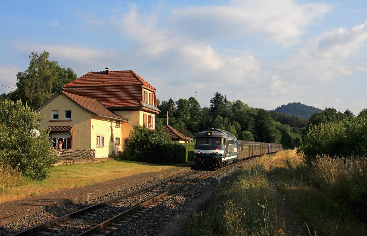 http://www.badische-schwarzwaldbahn.de/DSO/Z892.jpg