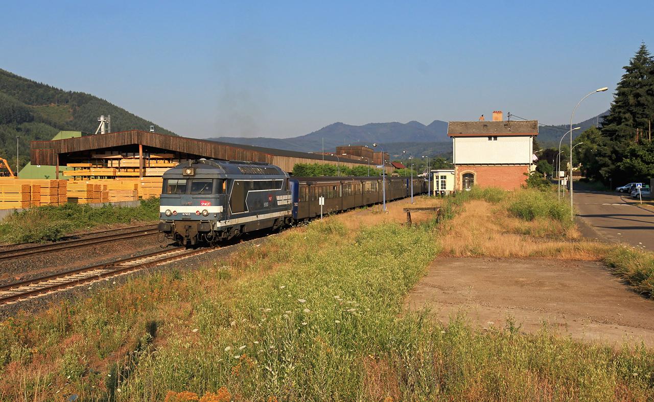 http://www.badische-schwarzwaldbahn.de/DSO/Z899.jpg