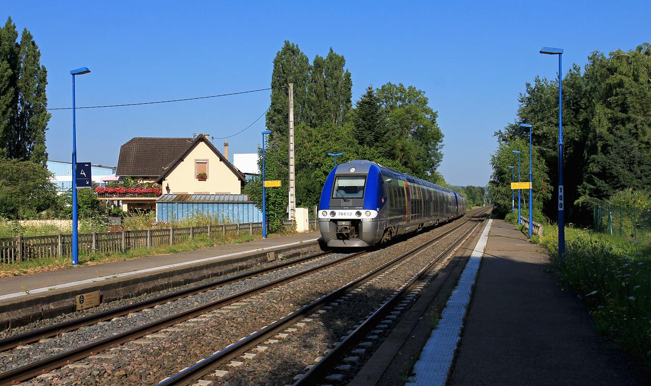 http://www.badische-schwarzwaldbahn.de/DSO/Z903.jpg
