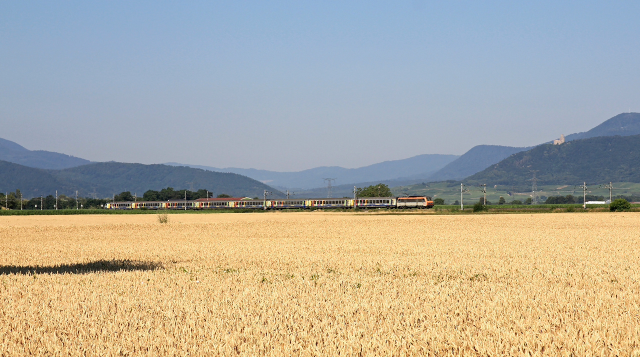 http://www.badische-schwarzwaldbahn.de/DSO/Z906.jpg
