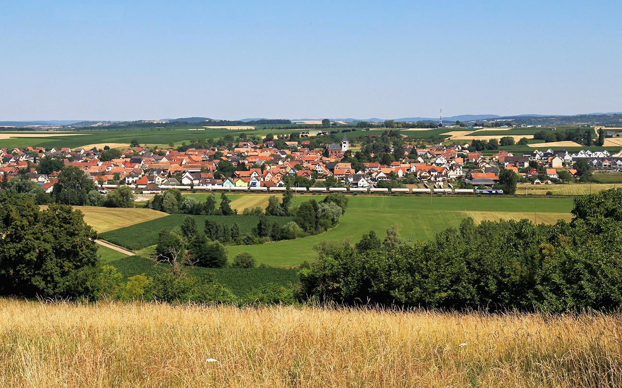 http://www.badische-schwarzwaldbahn.de/DSO/Z907.jpg