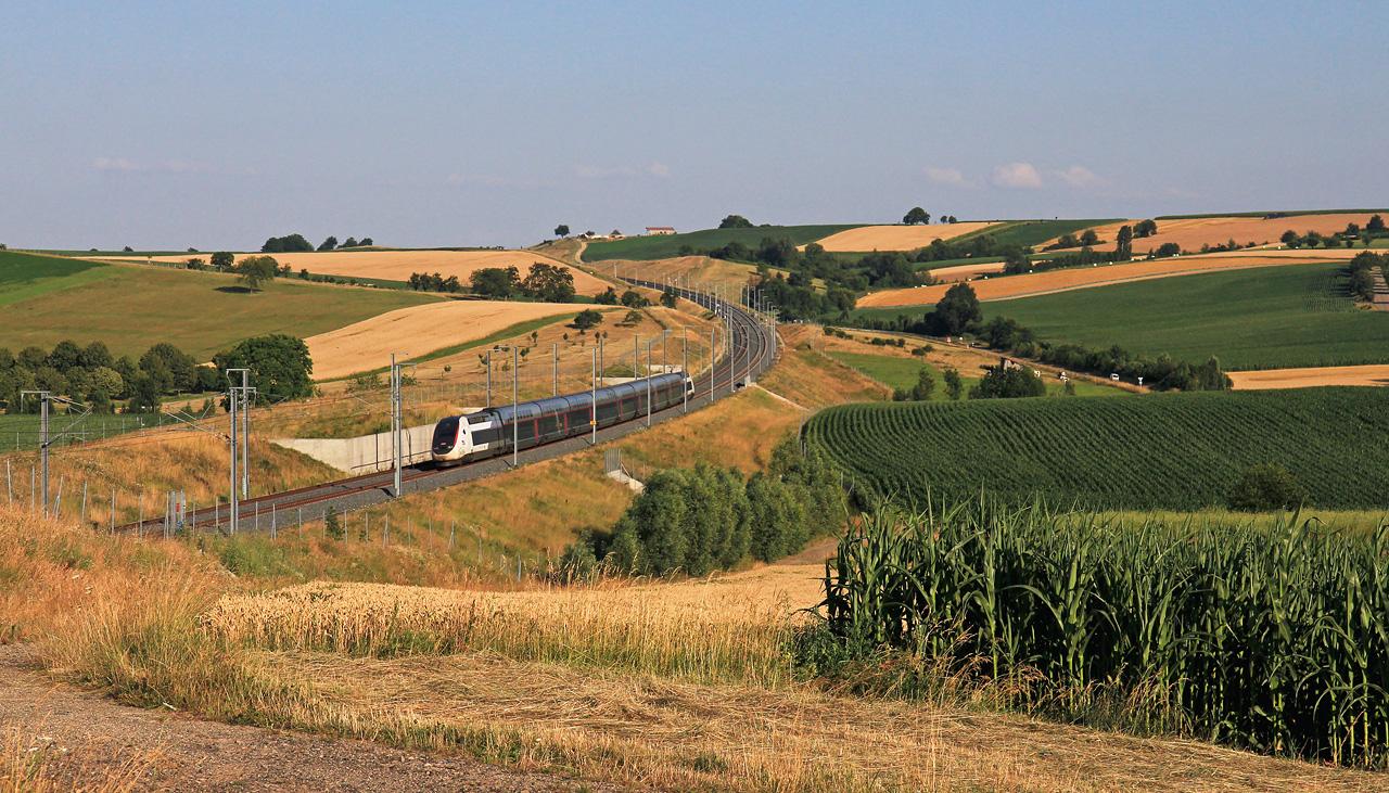 http://www.badische-schwarzwaldbahn.de/DSO/Z917.jpg