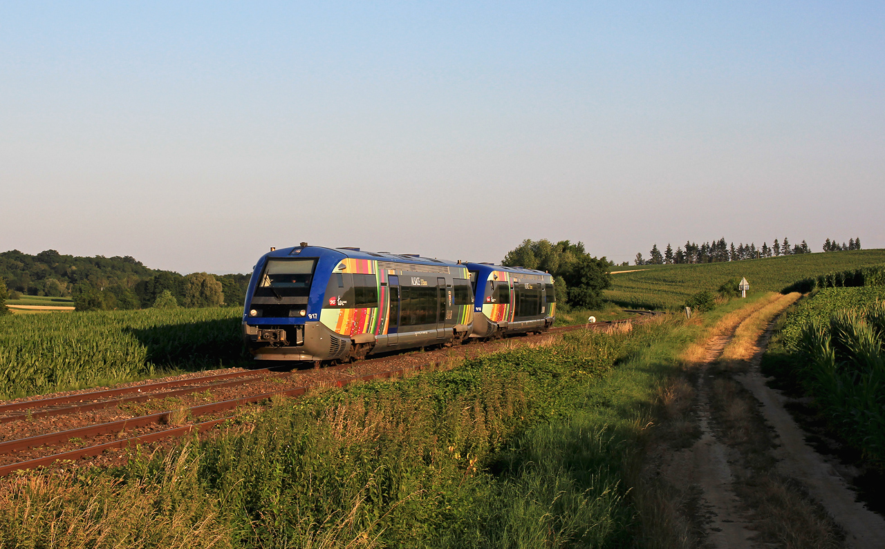 http://www.badische-schwarzwaldbahn.de/DSO/Z918.jpg