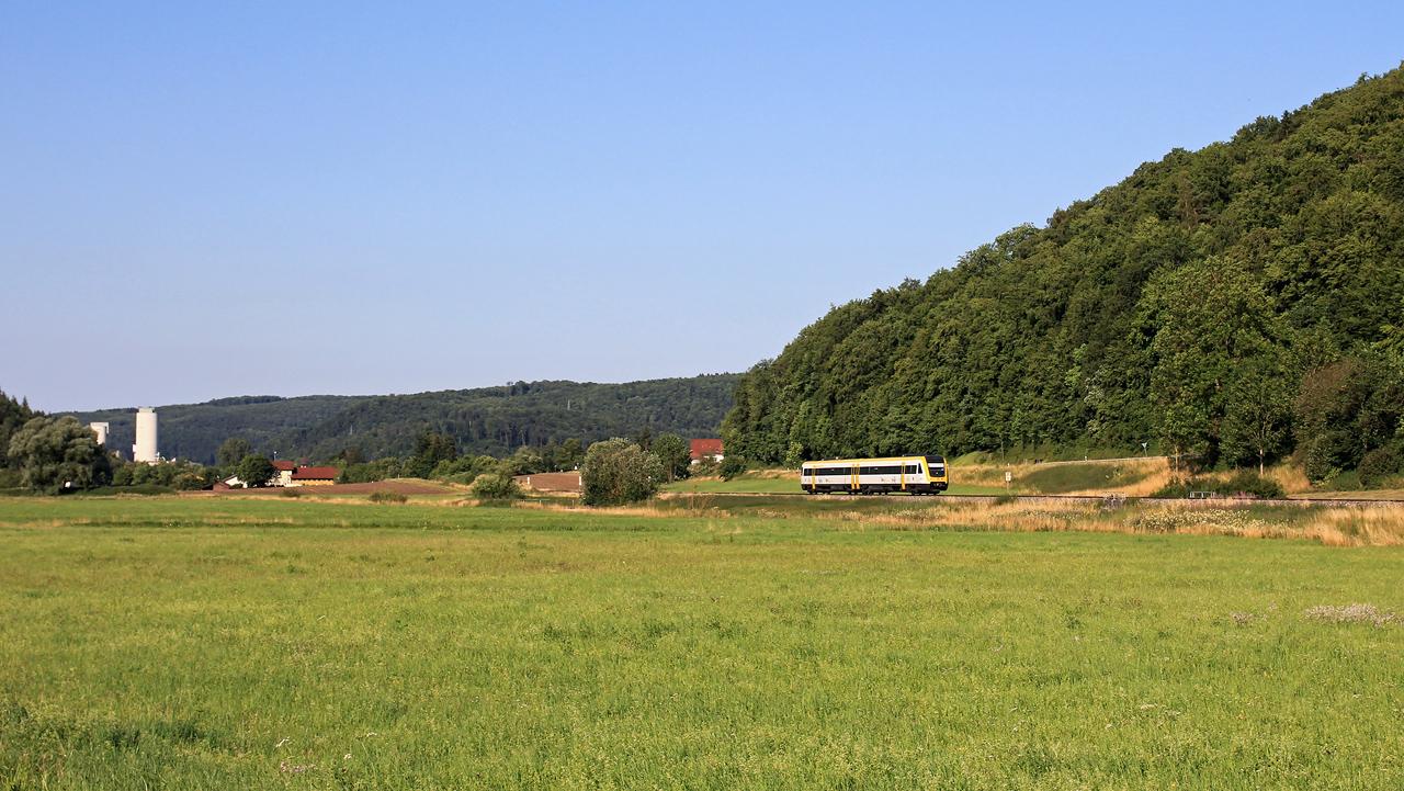 http://www.badische-schwarzwaldbahn.de/DSO/Z922.jpg