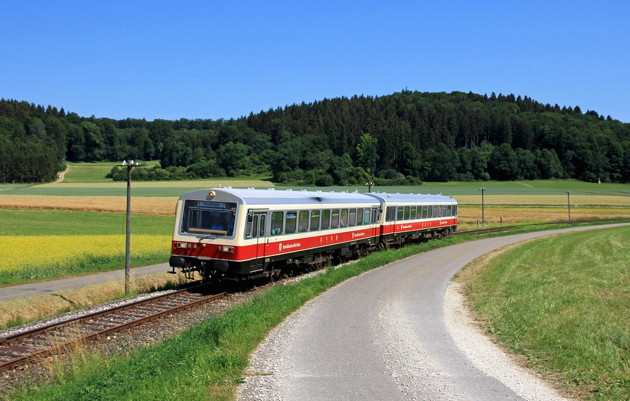 http://www.badische-schwarzwaldbahn.de/DSO/Z930.jpg
