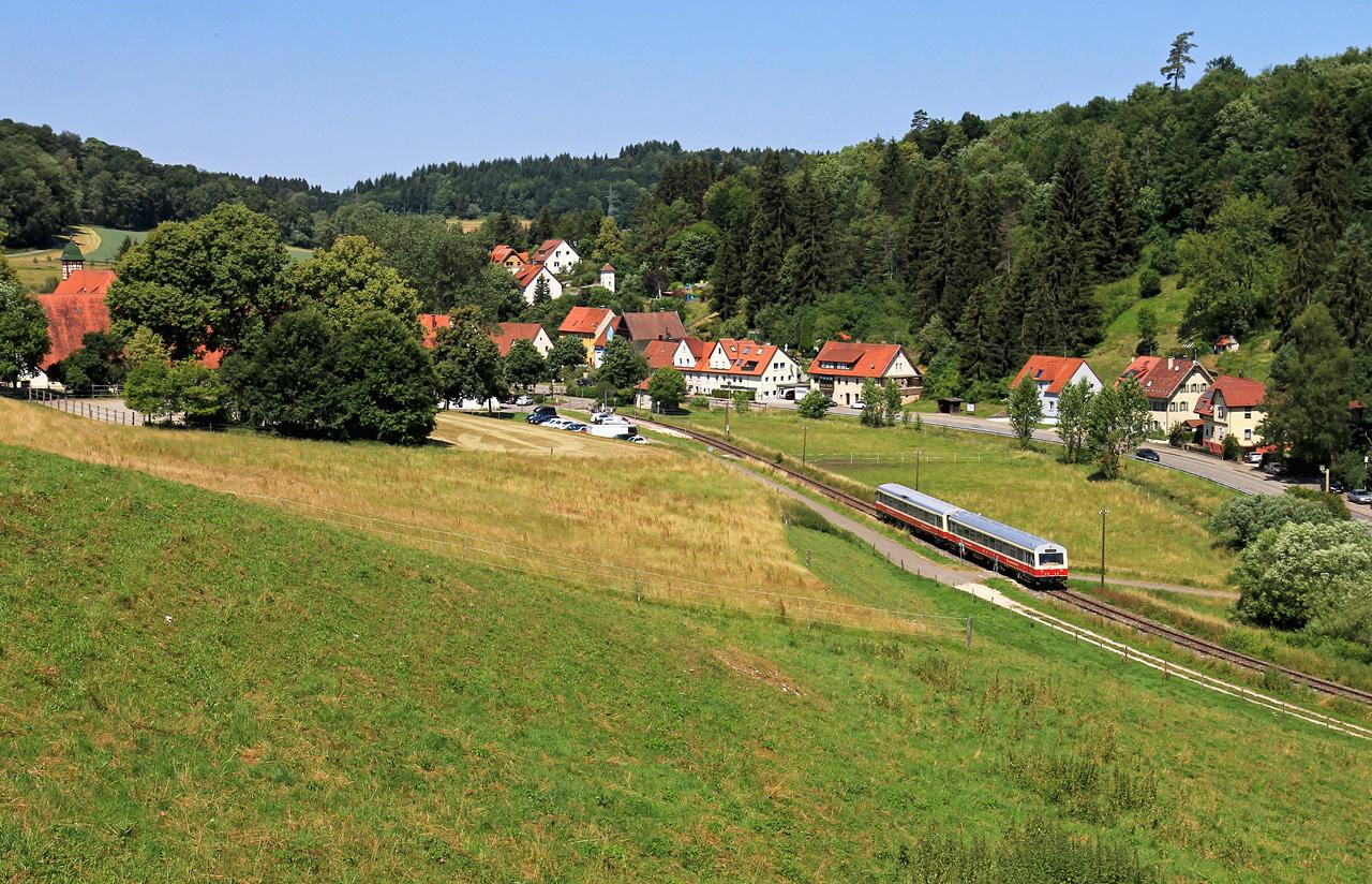 http://www.badische-schwarzwaldbahn.de/DSO/Z932.jpg