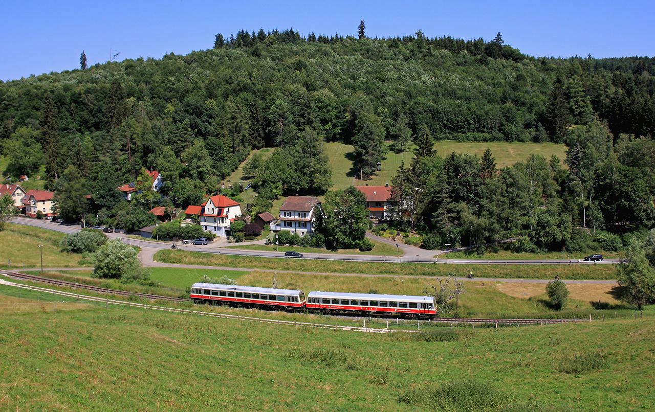 http://www.badische-schwarzwaldbahn.de/DSO/Z933.jpg