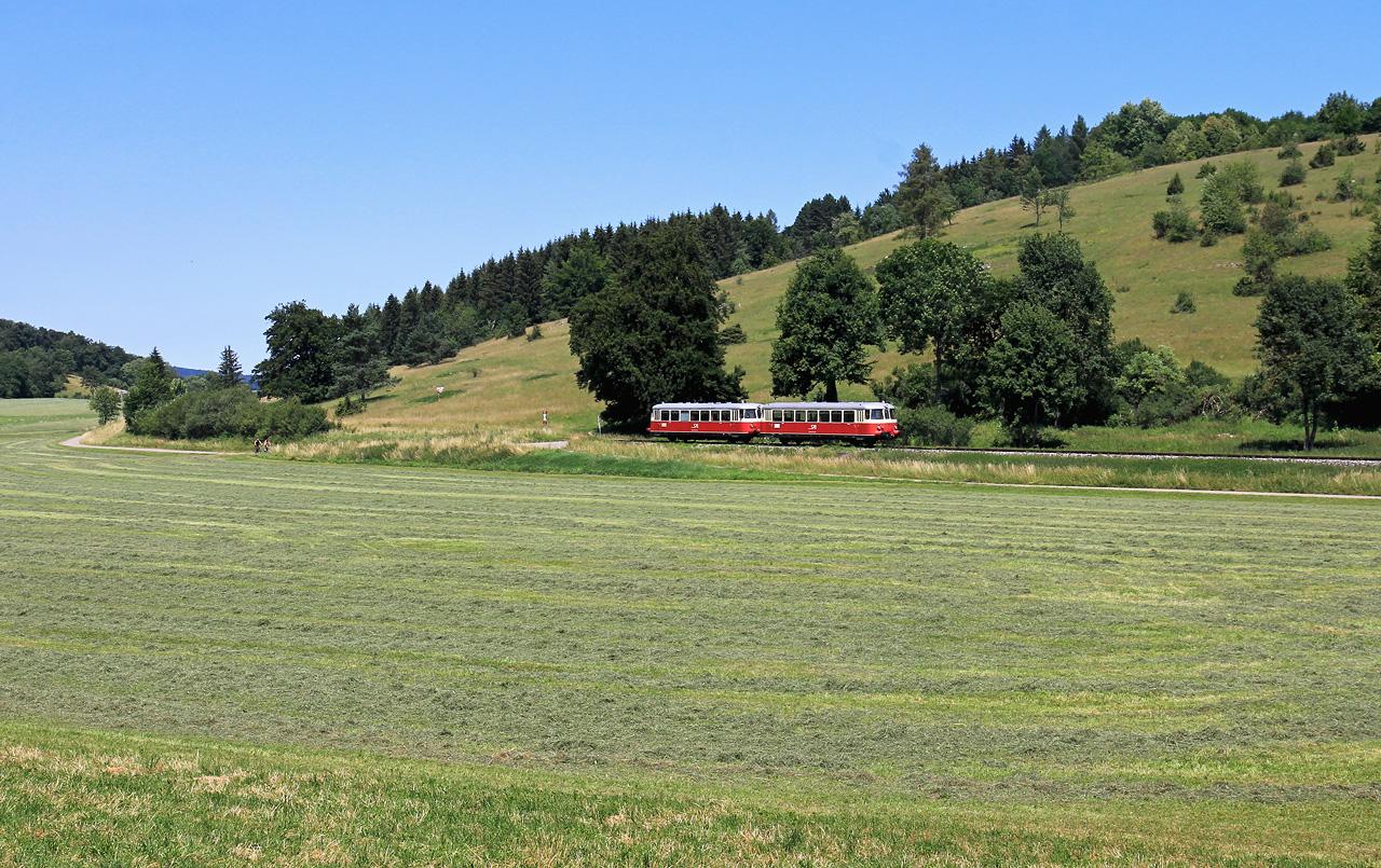 http://www.badische-schwarzwaldbahn.de/DSO/Z935.jpg