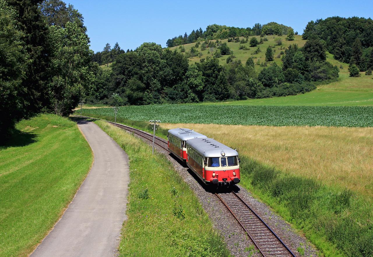 http://www.badische-schwarzwaldbahn.de/DSO/Z936.jpg