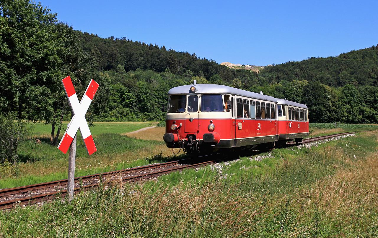 http://www.badische-schwarzwaldbahn.de/DSO/Z943.jpg