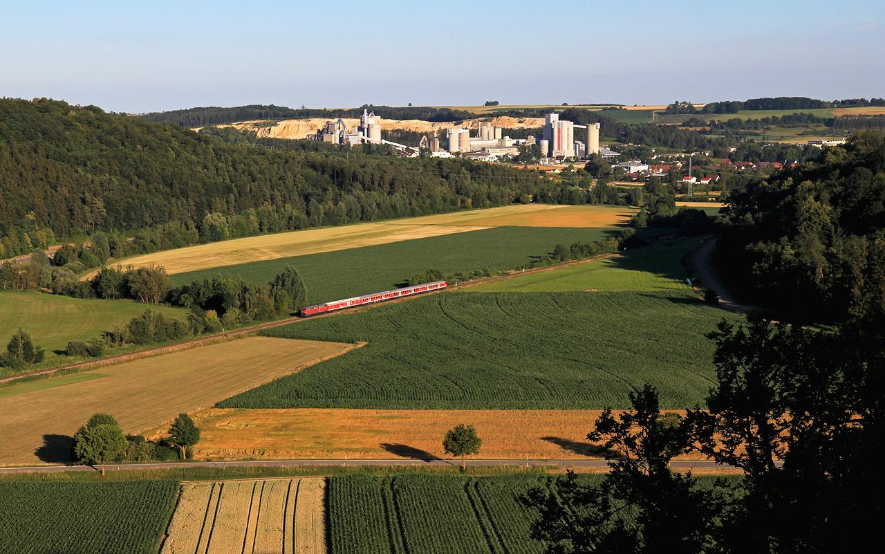 http://www.badische-schwarzwaldbahn.de/DSO/Z953.jpg